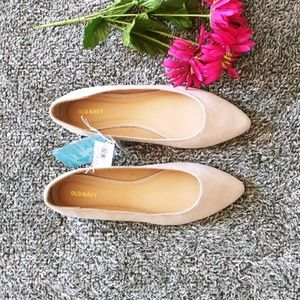 Old Navy pointed flats sz 10 (A10)